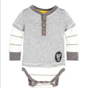 Bee Wild 2Fer Organic Baby Bodysuit. New with tags
